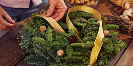 Holiday Wreath Fundraising
